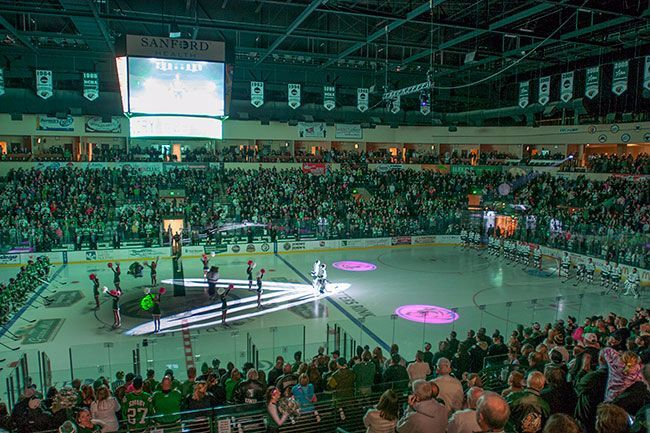 Bemidji State announces Thanksgiving weekend hockey ticket deals for the whole family