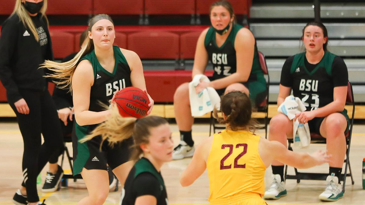 Turnovers lead to 68-58 loss for Women's Basketball at Minnesota Duluth