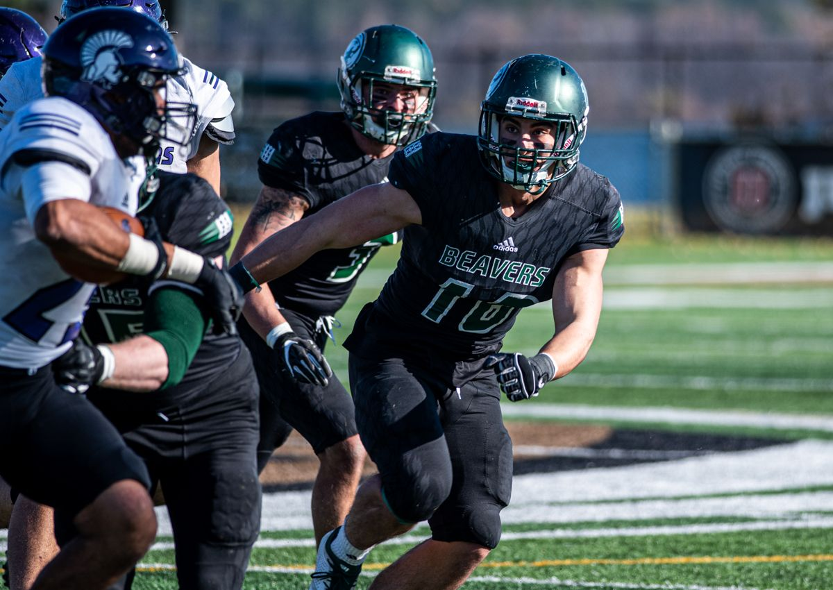 Key turnovers cost Beavers in 27-14 loss to Warriors