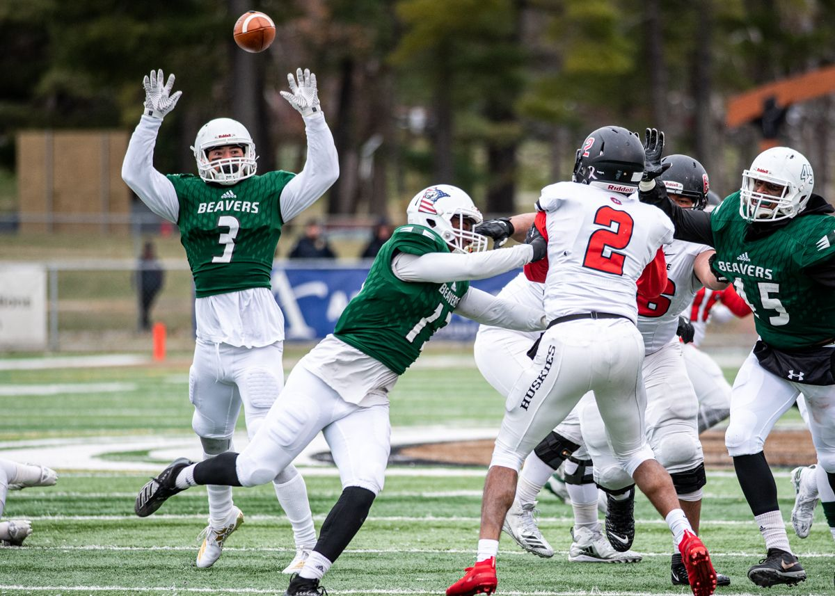 Gang Green defense secures Battle Axe win with second half shutout of MSUM