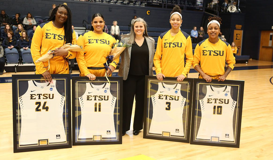 Late Rally Leads Bucs Past Bears on Senior Day