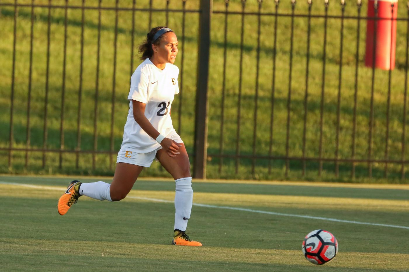 Early Deficit Slows Bucs at Wofford
