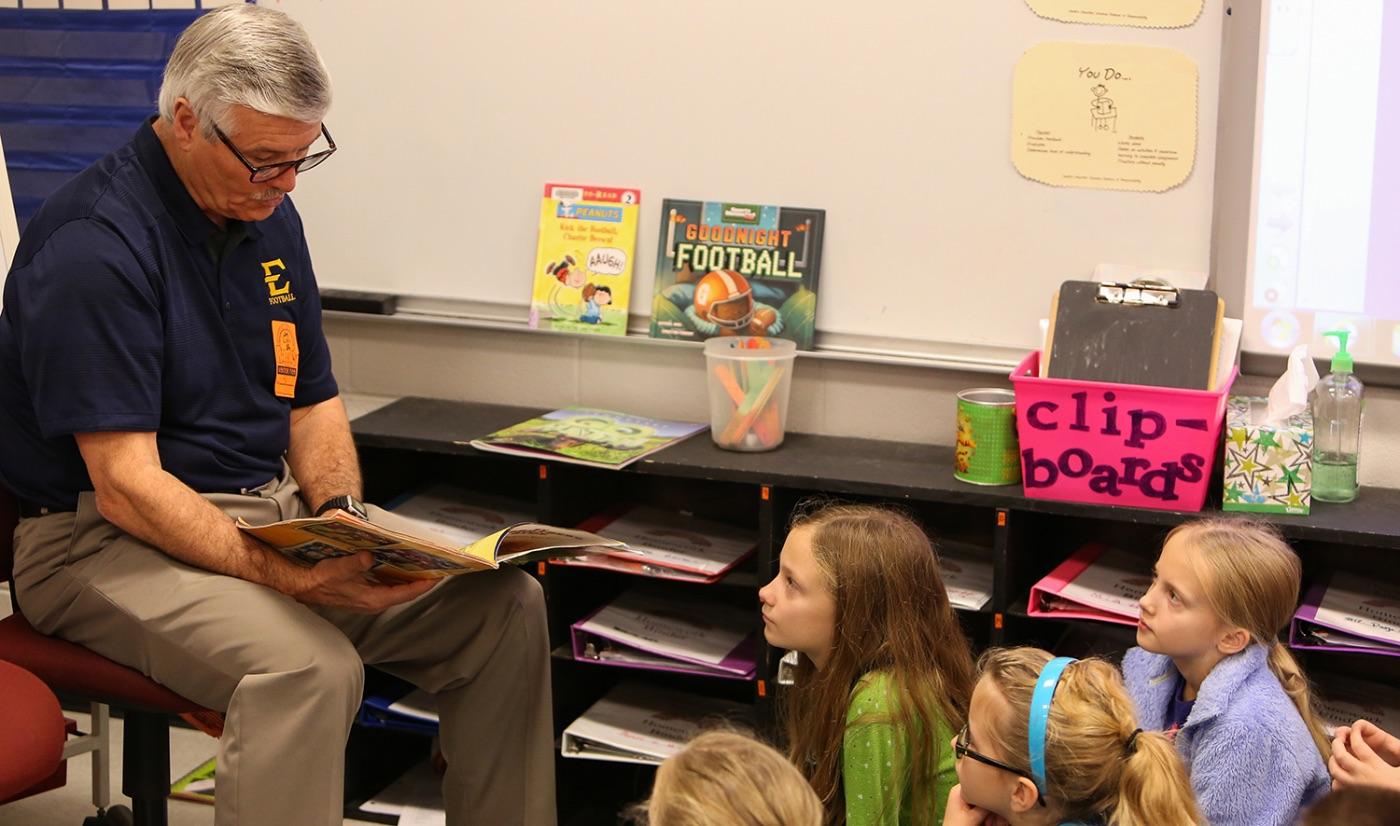 Coach Torbush visits Ridgeview Elementary School