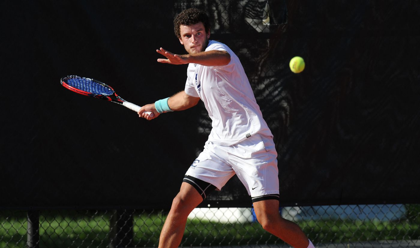 Men's Tennis downs Appalachian State, 6-1, in home opener