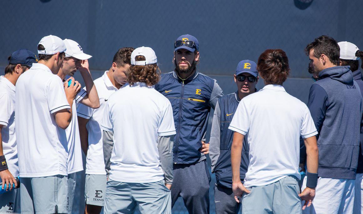 Men's tennis welcomes Chattanooga Sunday