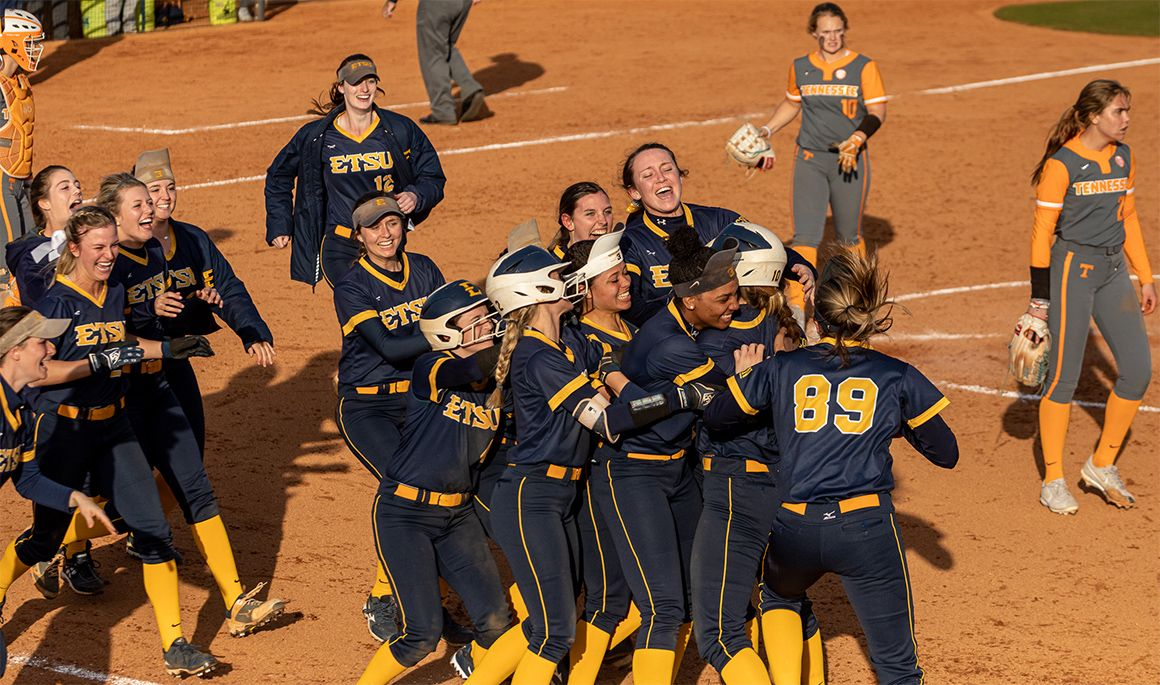 Historic Day Concludes with Doubleheader Sweep