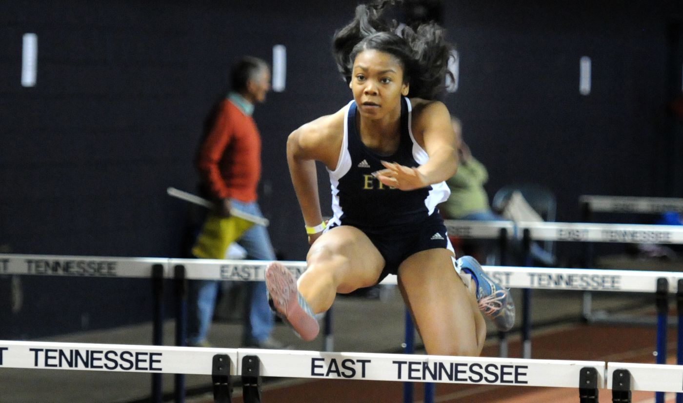 Bucs turn in strong first day at Buccaneer Invitational