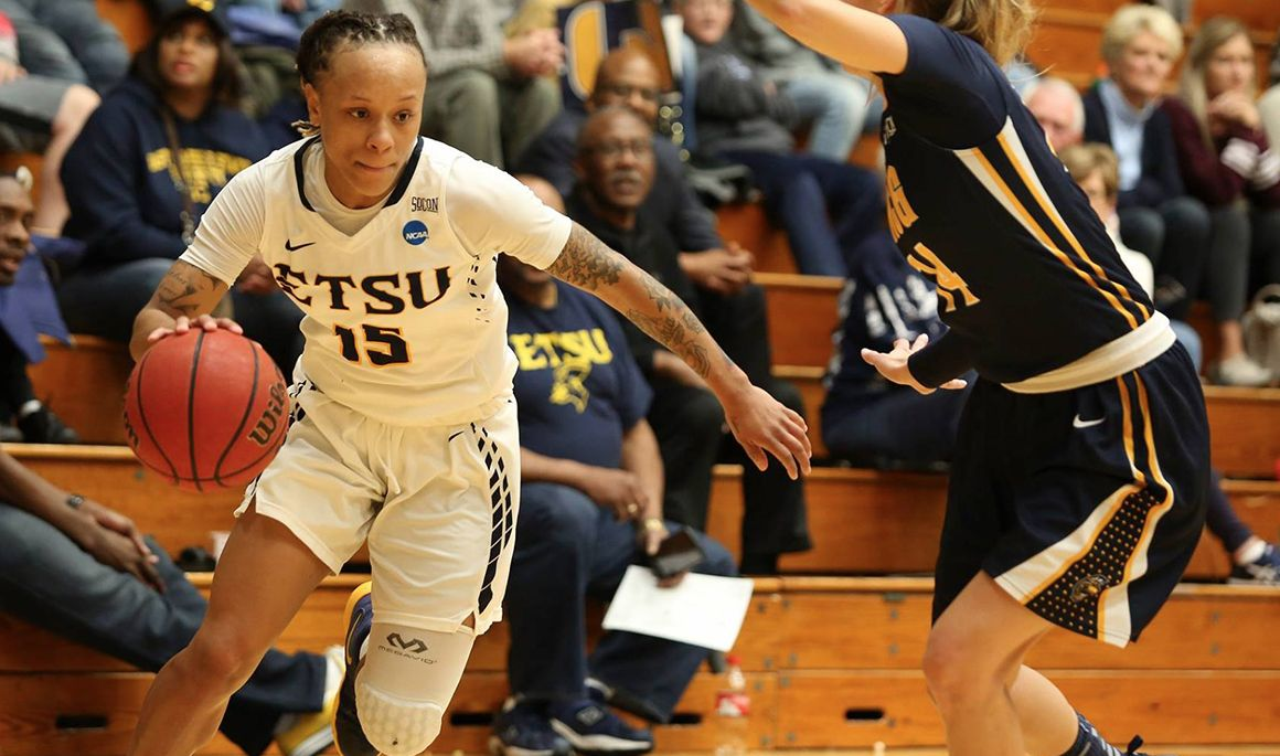 ETSU rallies from 20 points down to defeat Wofford, 77-69