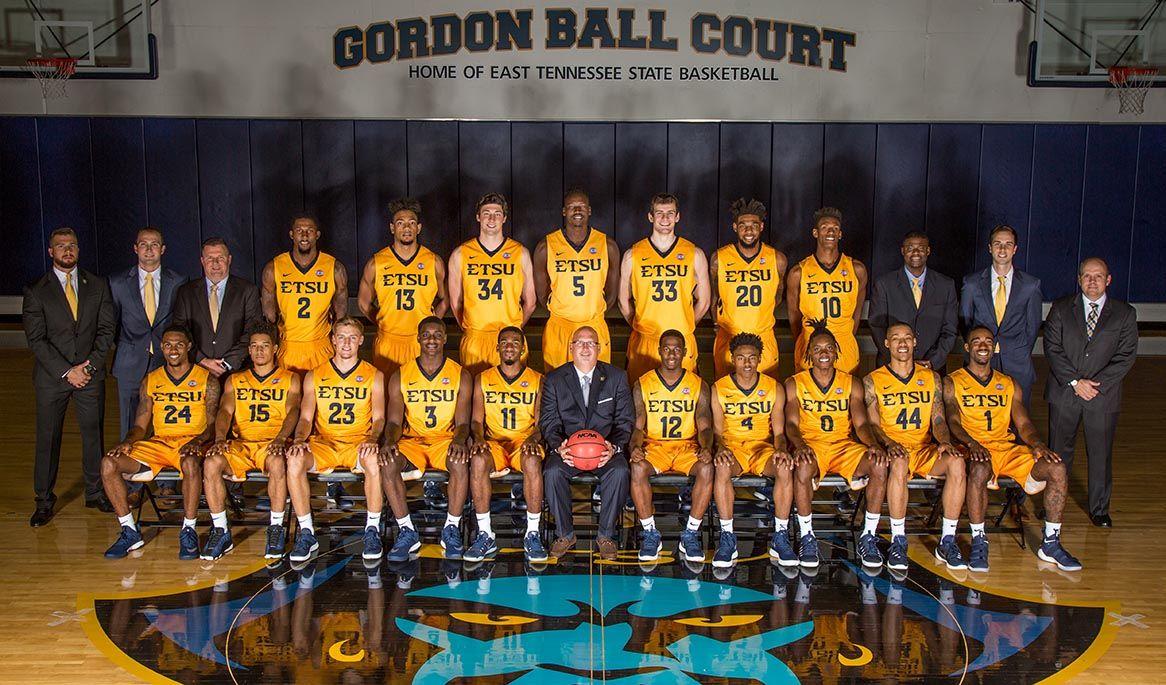Men's basketball to host open practice Thursday night