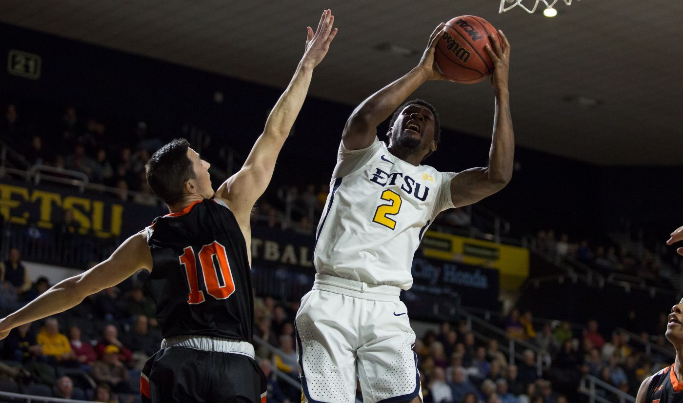 Mens hoops ready to get back on track Saturday at WCU