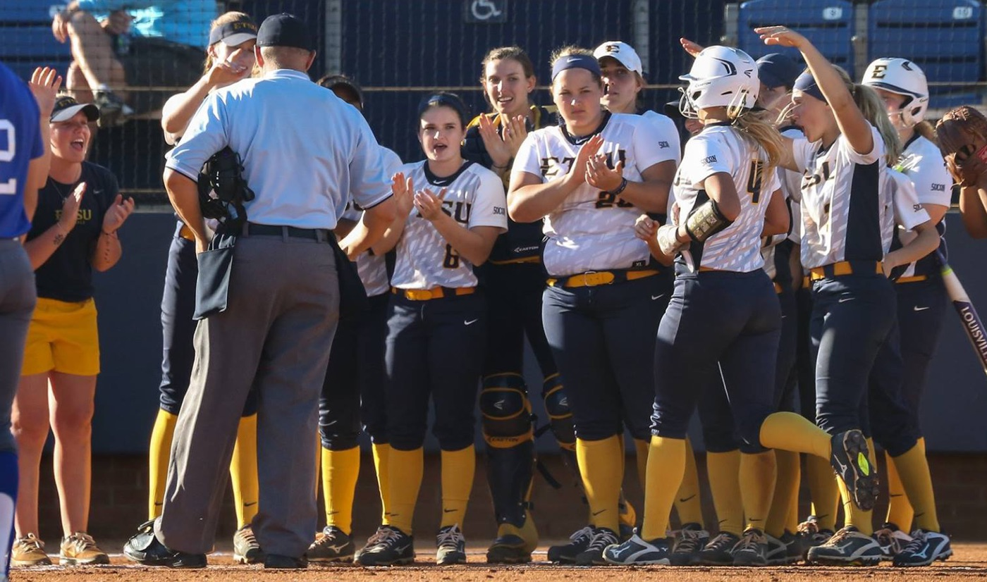 Softball wraps up non-conference play Wednesday at Morehead State