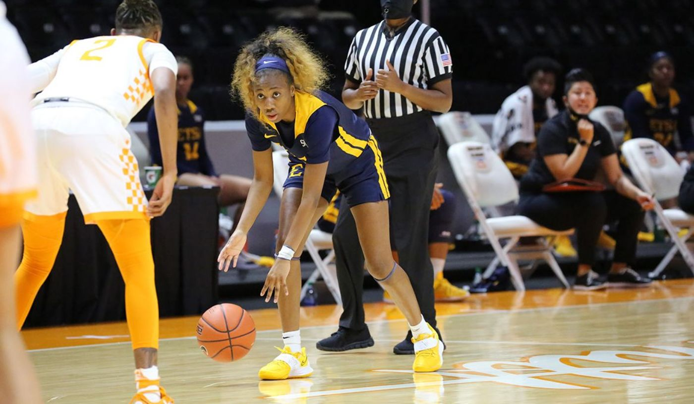 Bucs Fight to Finish in Setback to Lady Vols