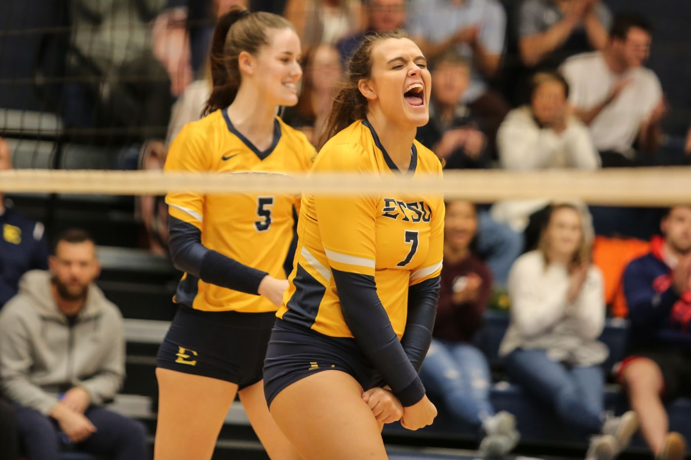 ETSU claims a spot in SoCon Championship match with sweep over Mercer