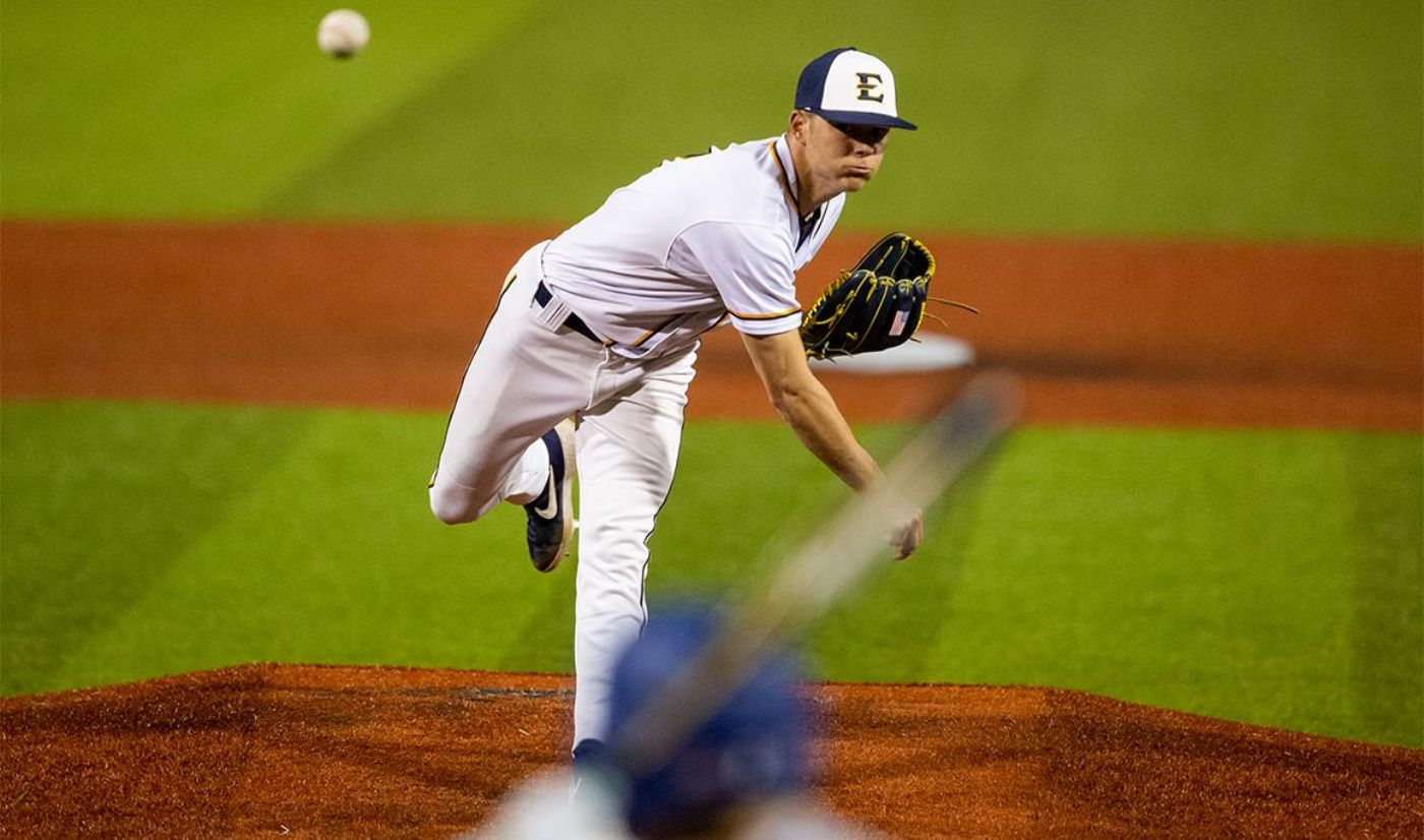 Tate's Stellar Start Leads to Doubleheader Split with Keydets