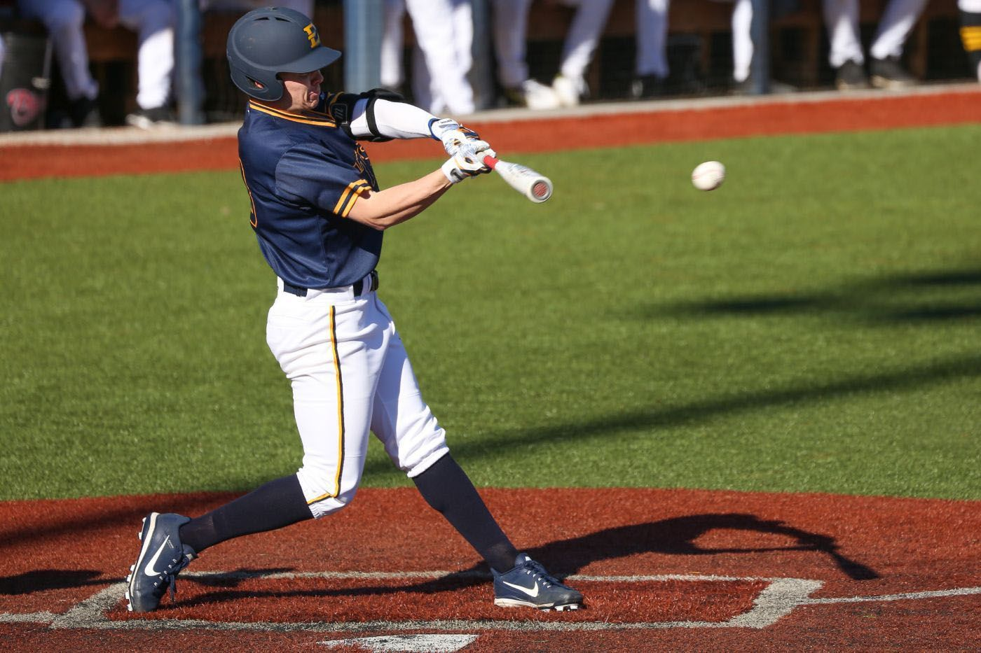 ETSU Uses Long Ball to Defeat App State, 10-5
