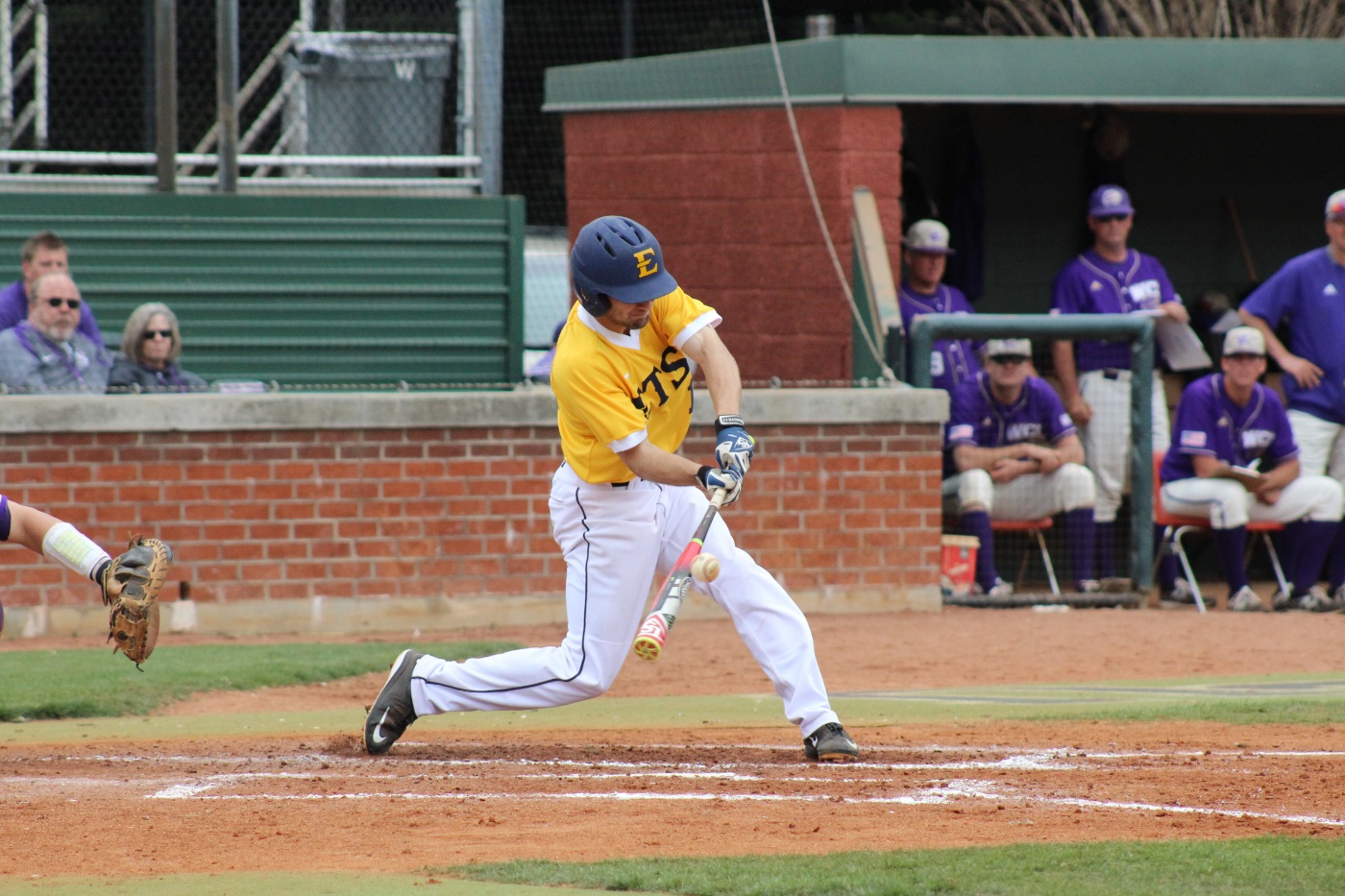 Backed by 13 hits, ETSU falls in rubber match to WCU