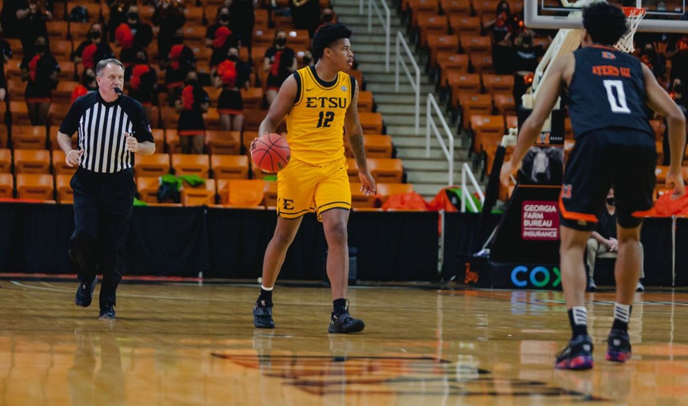 Bucs respond to challenge in road win at Mercer, 70-64