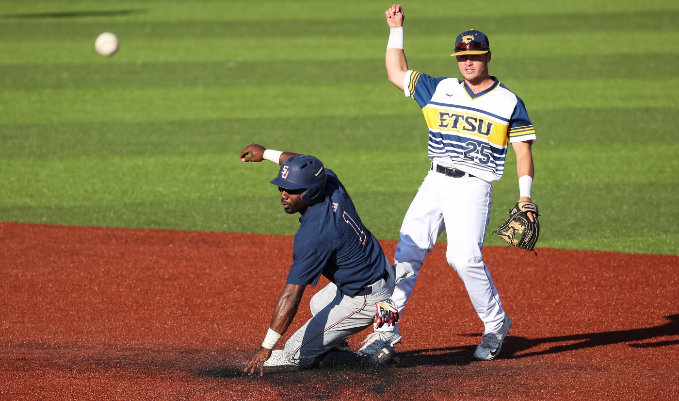 Rowlett, Owenby combine for four extra-base hits as ETSU splits with Samford
