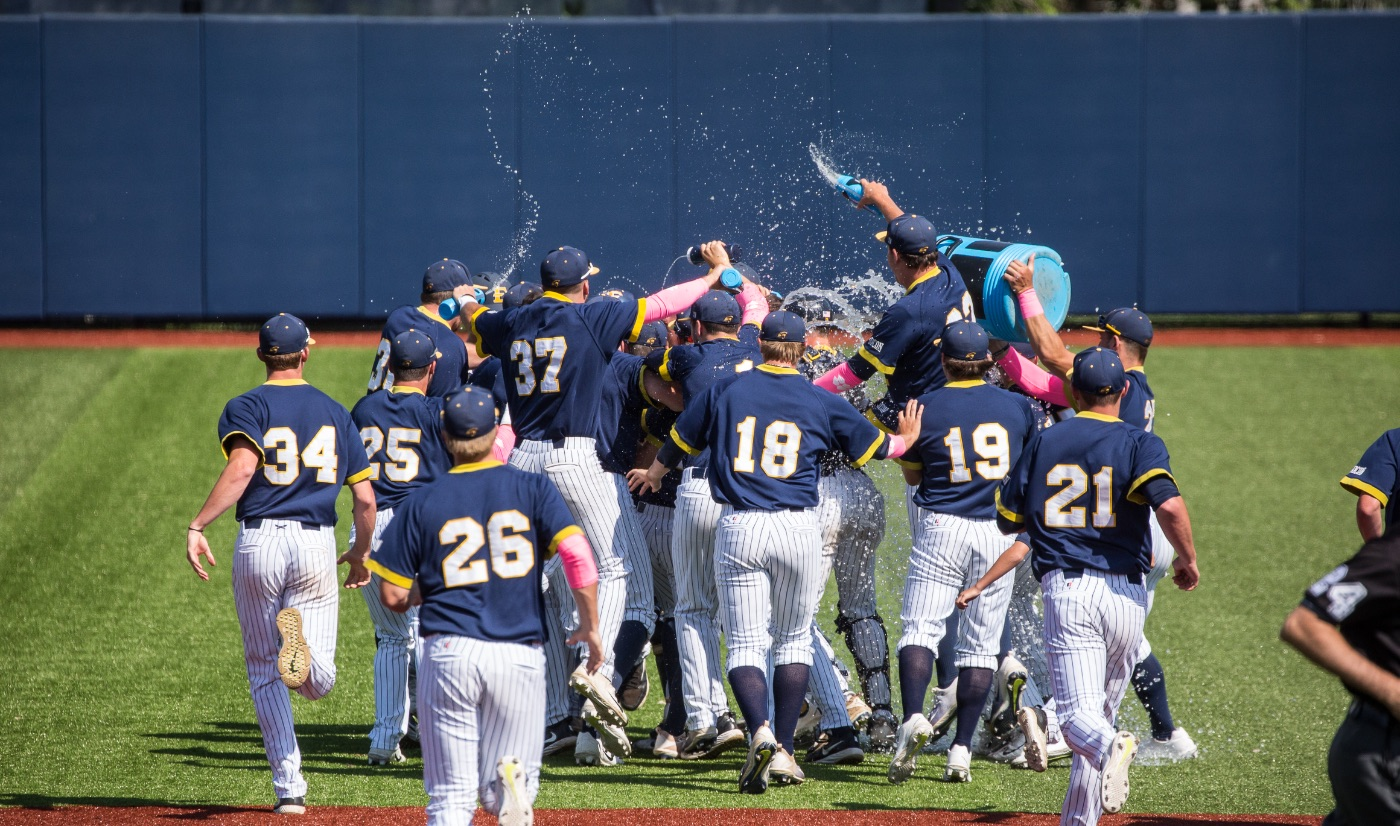 Parker delivers two out, walk-off single to give ETSU series victory over Samford