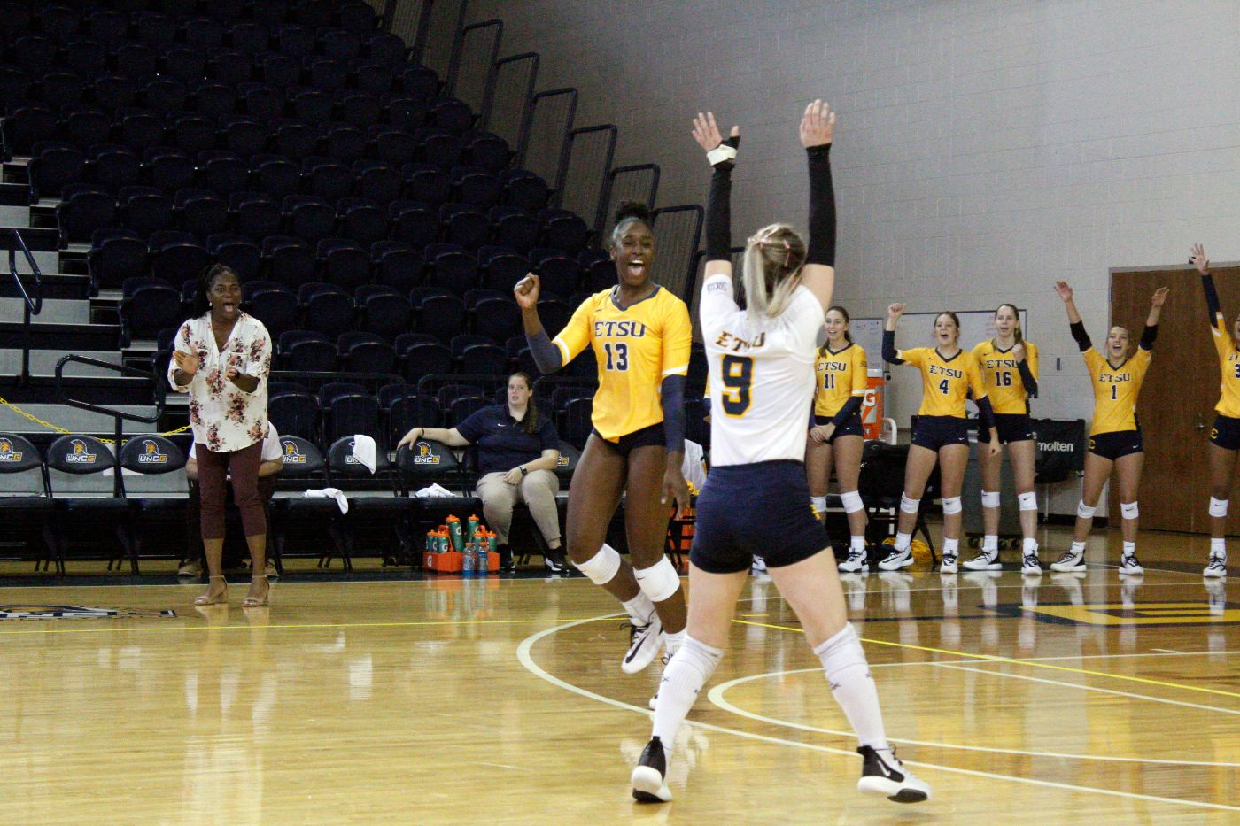 Bucs Sweep Spartans; Improve to 2-0 in SoCon Action