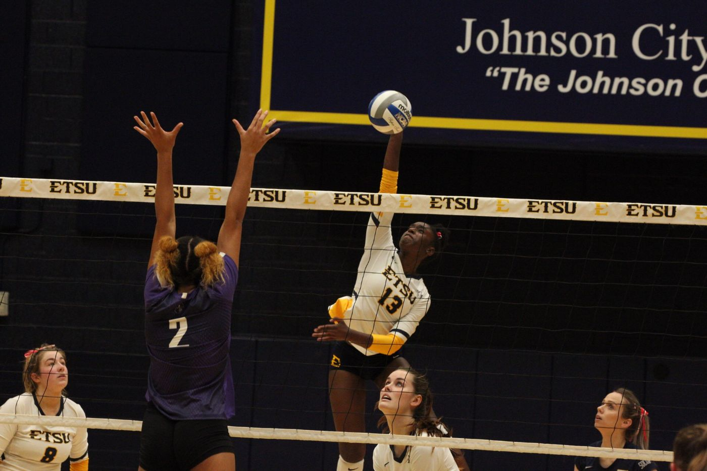 Bucs Suffer First SoCon Loss at the Hands of the Paladins