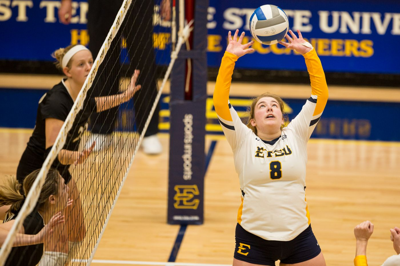 Arnold Receives Fourth SoCon Setter of the Week Honor