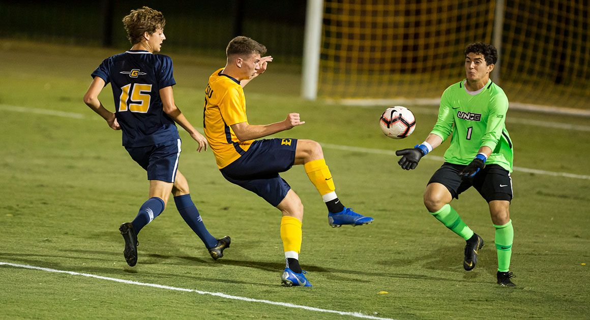 Bucs Succumb to Late Goal in 1-0 Defeat to UNCG