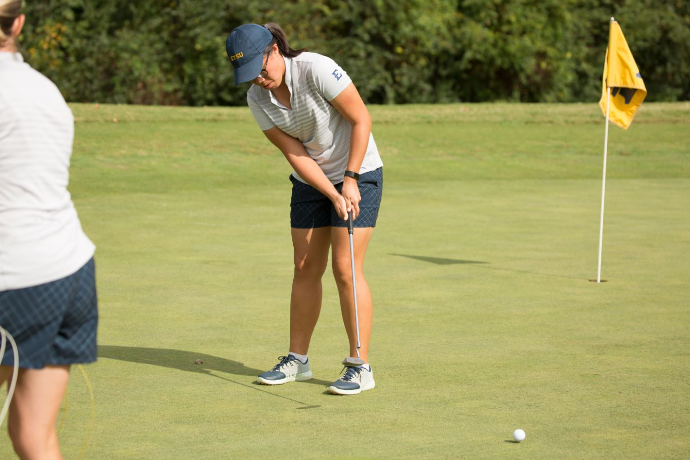Loy in 4th After 1st Round of Augusta Invitational