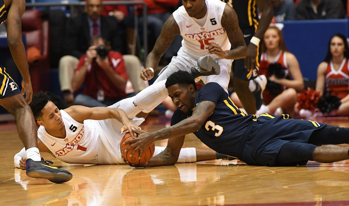 Buccaneers fall to A-10 favorite Dayton, 75-61