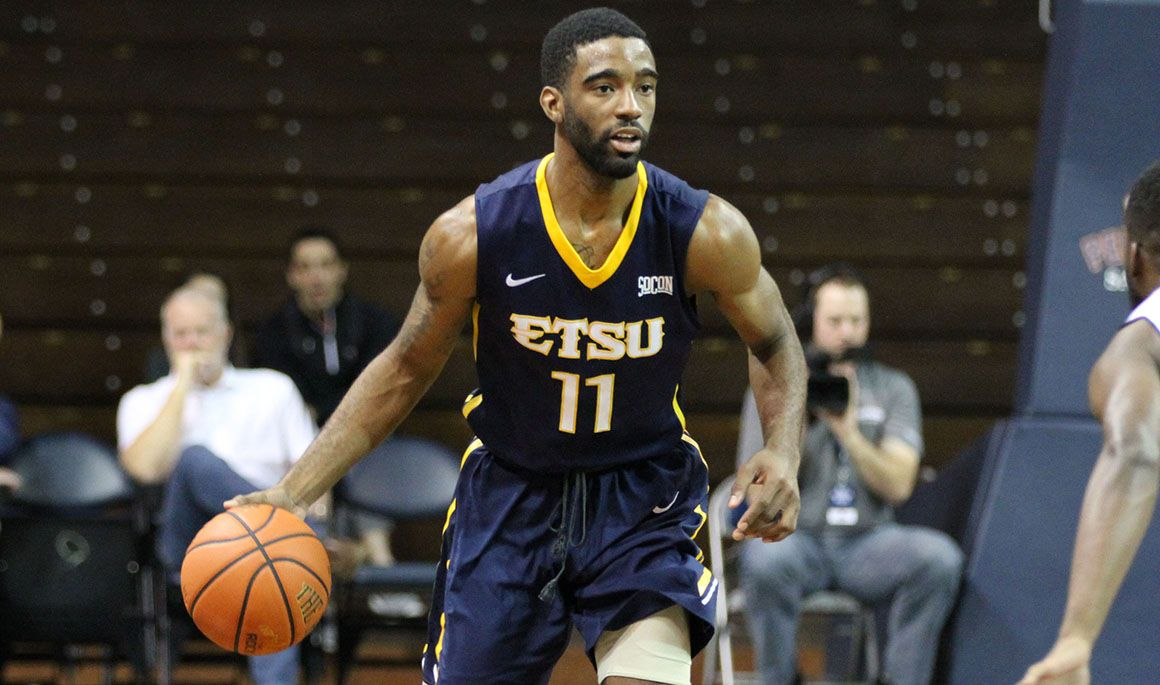 Bucs take care of business at Morehead State, 78-68