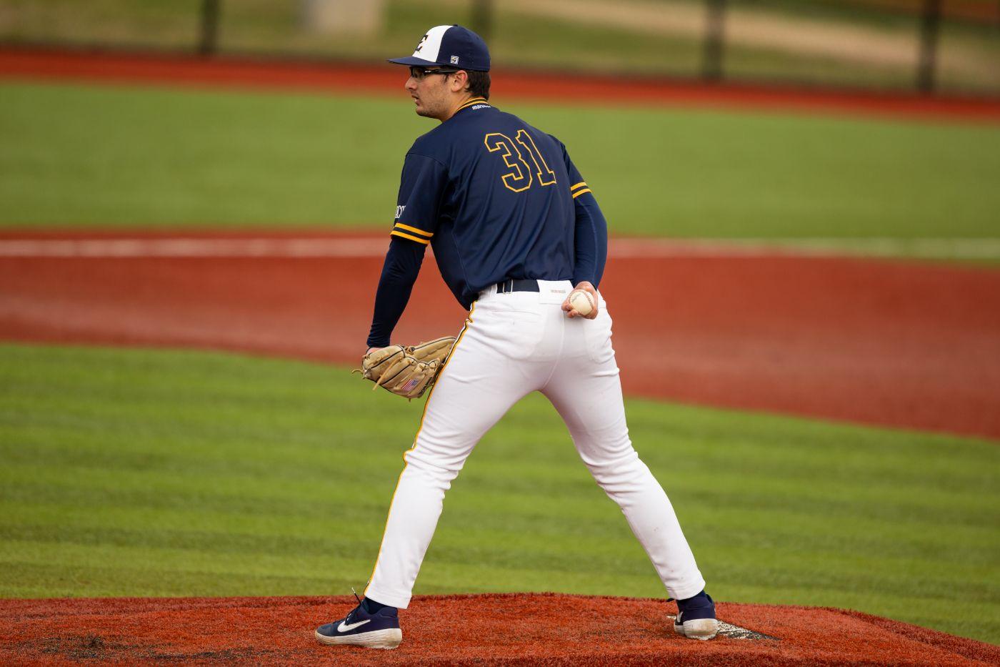Baseball drops midweek matchup at Virginia Tech