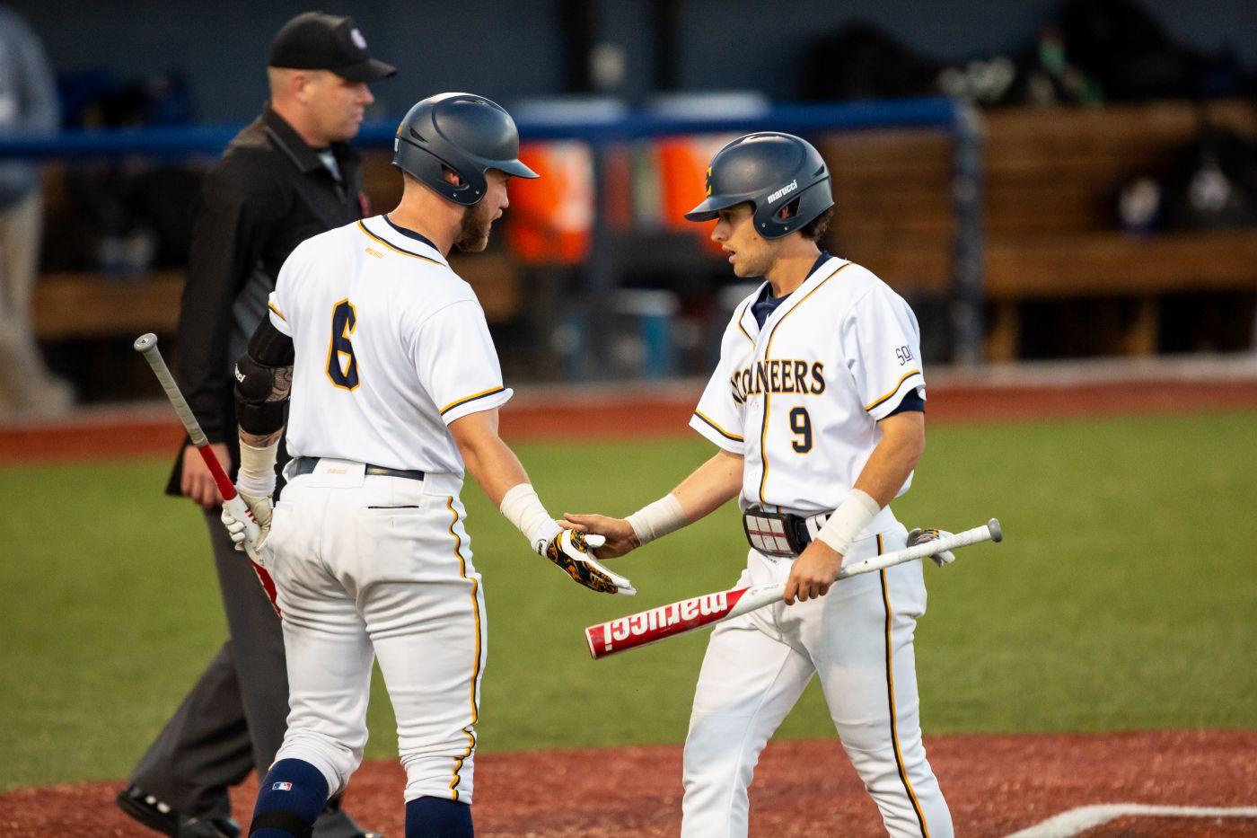 Baseball carries win streak into Georgetown series