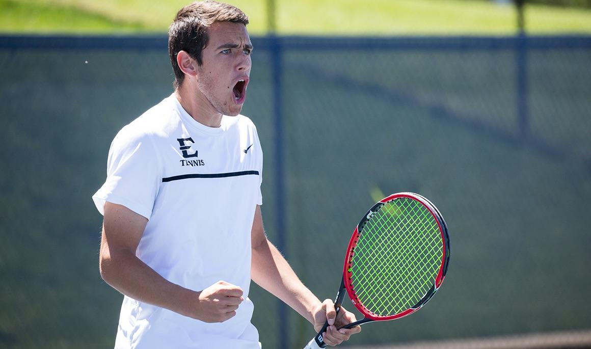 Men's Tennis sweeps UNC-Wilmington 4-0