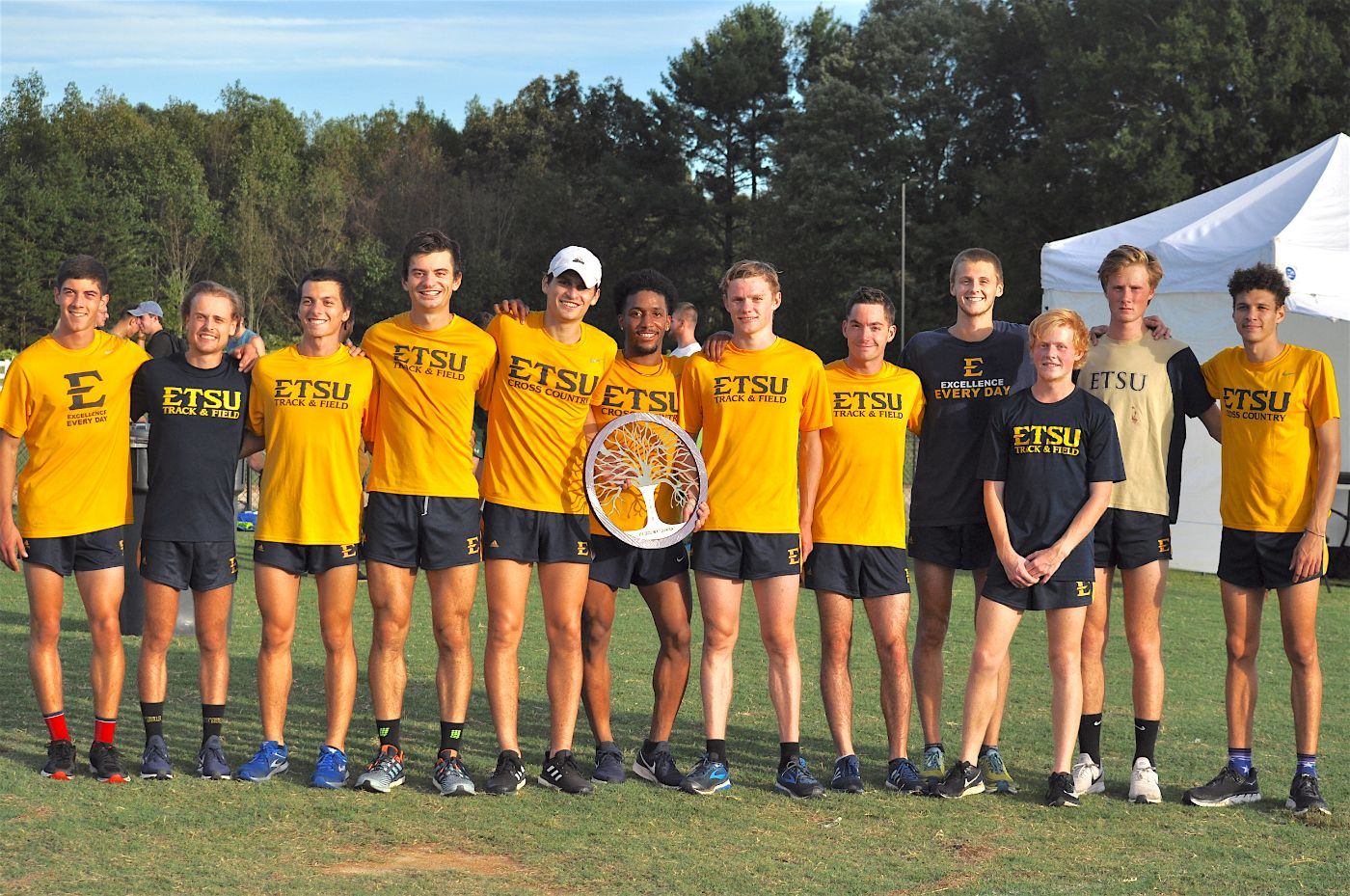 ETSU Men Cruise to Crown at High Point Invite, Women Strong in Sixth-Place Showing
