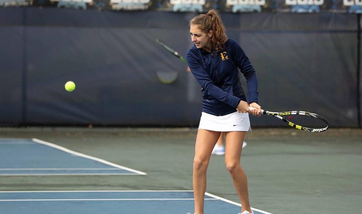 Women's tennis cruises past Savannah State 7-0