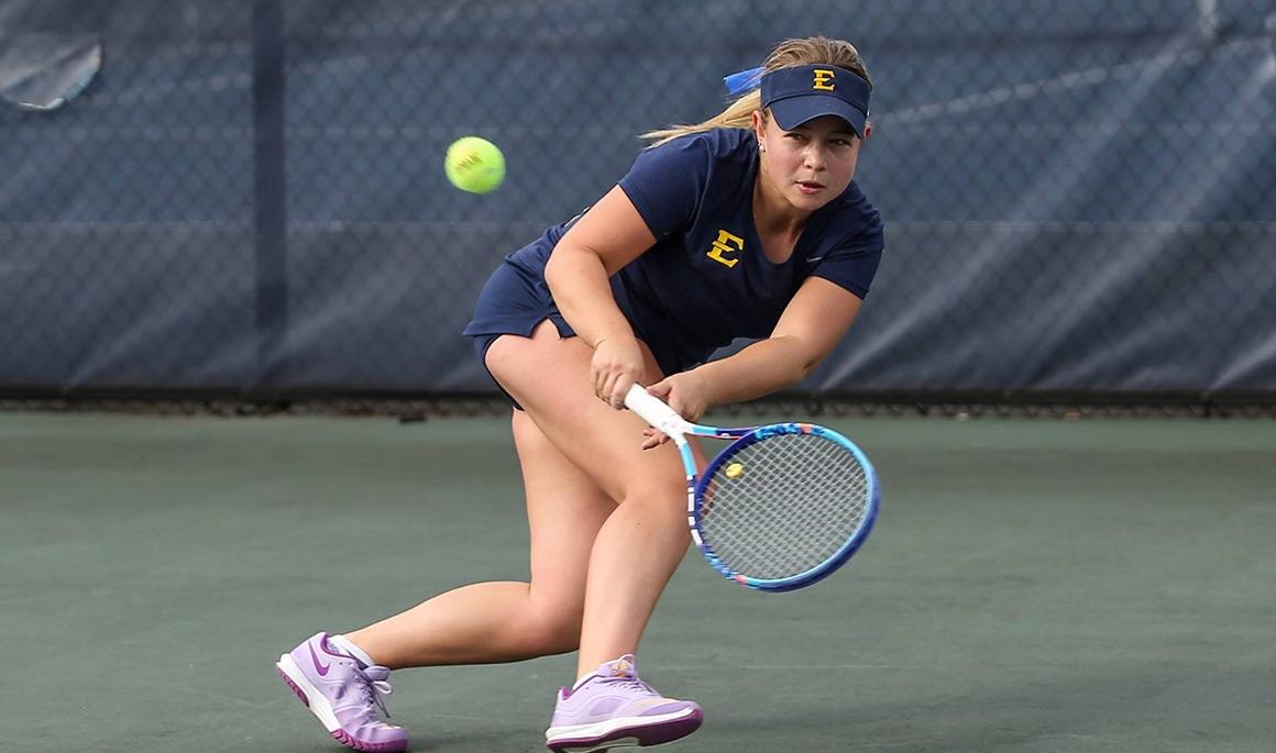 Women's Tennis upends Chattanooga in SoCon opener 4-2