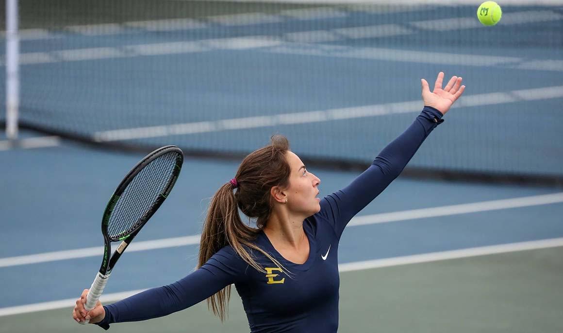 Women's tennis runs past Western Kentucky 4-1