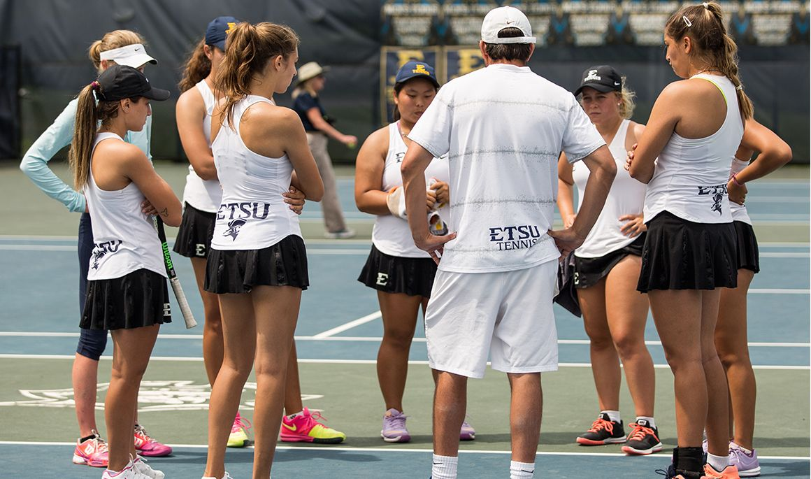 Women's tennis begins season at Elon Fall Invitational