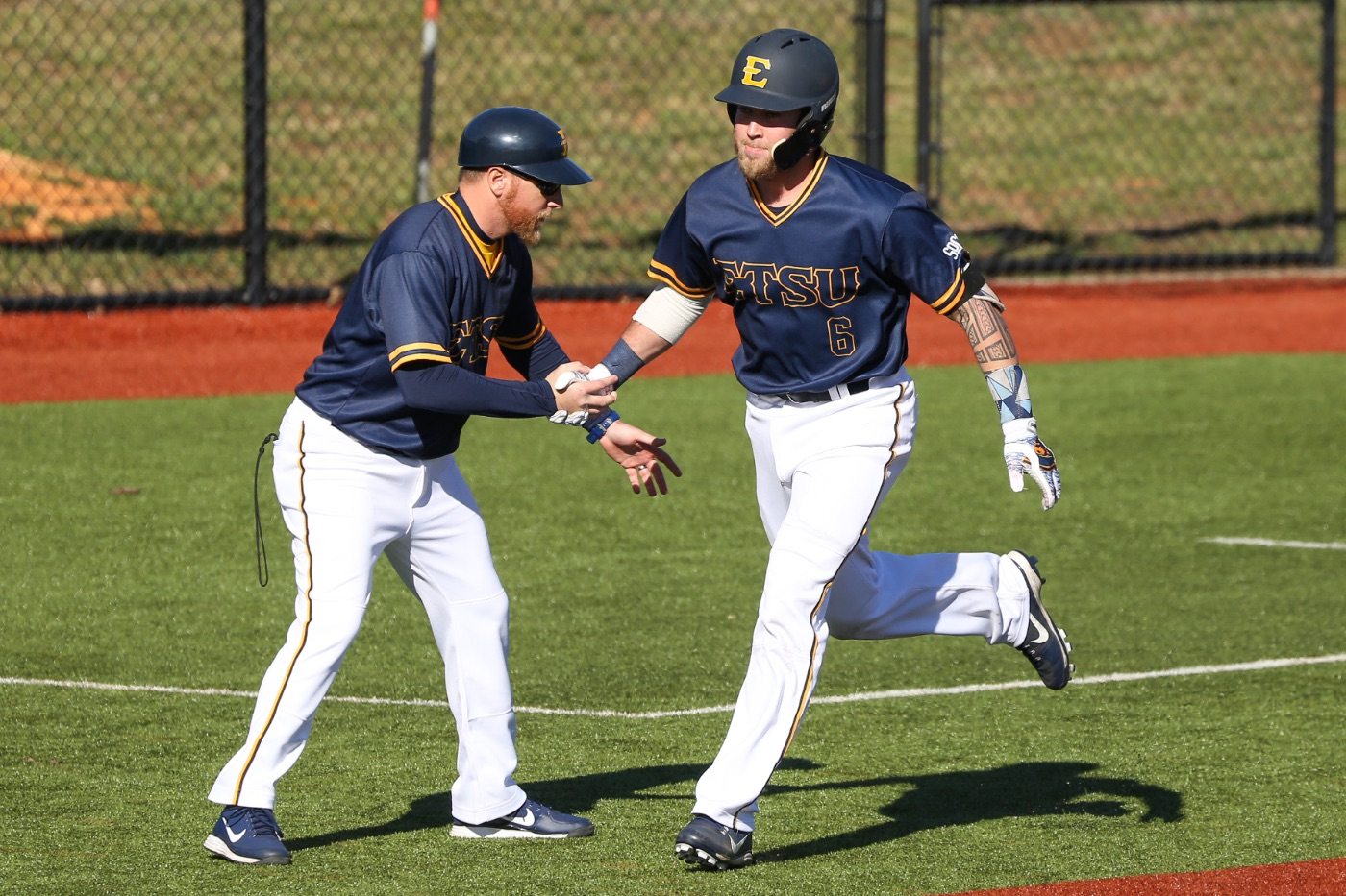 Bucs win series over Tennessee with 9-6 midweek win