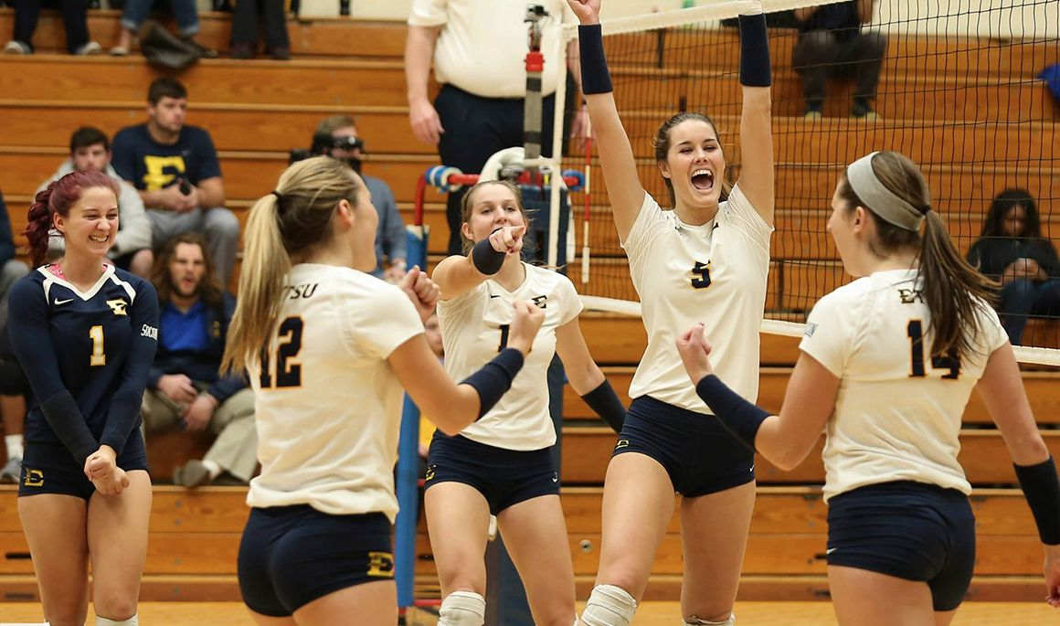 Volleyball captures SoCon Regular Season title with sweep of Mercer