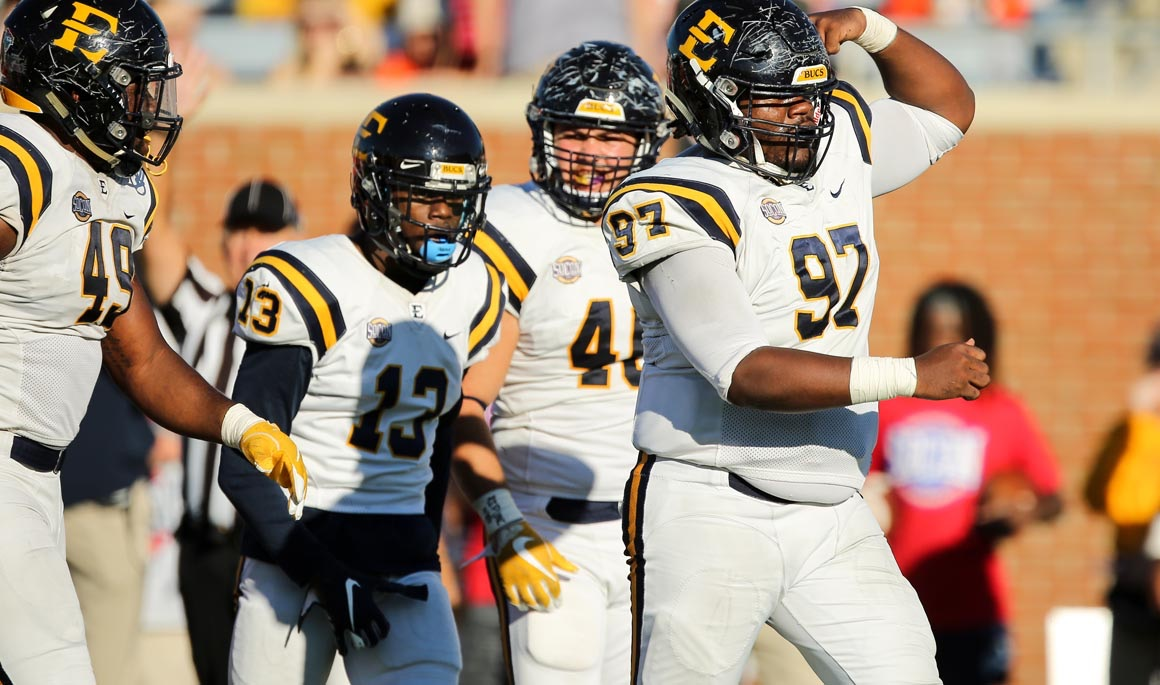 Bucs jump to No. 17 in AFCA Coaches' Poll; No. 19 in STATS FCS