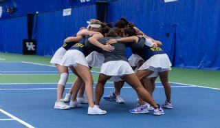 Women's Tennis Looks Ahead to Davidson on Saturday