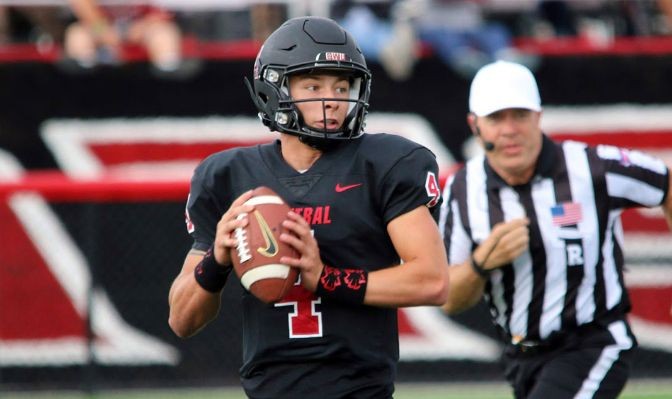 Canon Racanelli threw for 856 yards and five touchdowns while also rushing for a touchdown in six games in 2019.