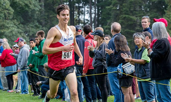 Simon Fraser's Rowan Doherty placed 38th at the Stanford Invitational, leading the Clan to a solid sixth-place men's team finish.