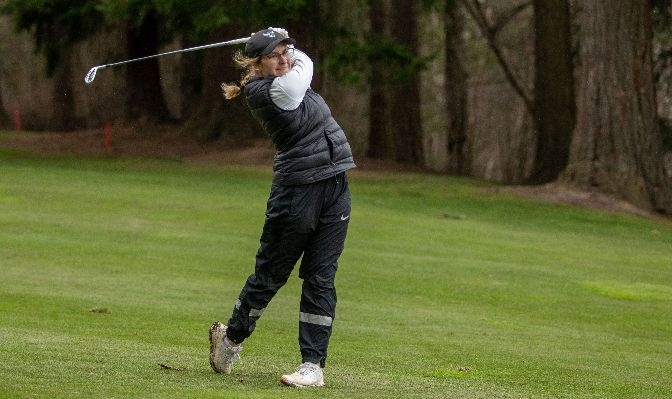 Elise Sumner earned First Team All-GNAC honors for the second time in her Western Washington career after she led the conference with a 79.5 stroke average.