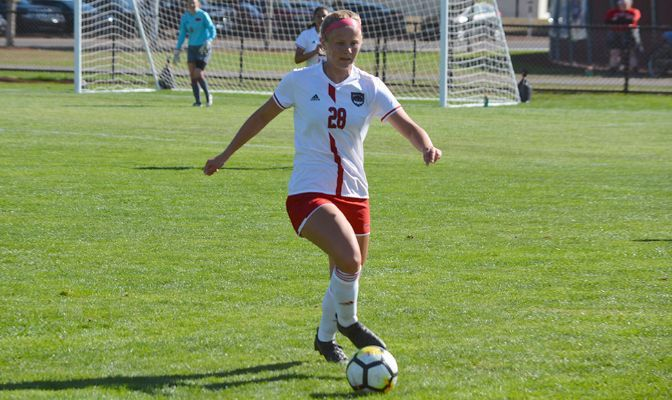 A two-time Academic All-GNAC selection, Alexie Morris played in 11 matches and started in two as a junior in 2019.