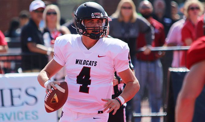 Reilly Hennessey completed 17 of 25 passes for 351 yards and four touchdowns as the Wildcats downed Simon Fraser 60-19.