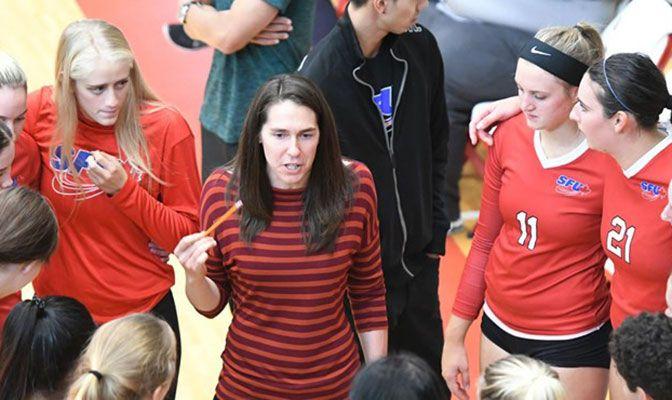 Finishing her sixth year as Simon Fraser head coach, Gina Schmidt was head coach Volleyball Canada's senior women's B team in 2017.