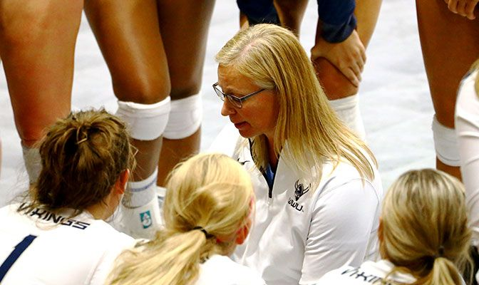 Western Washington's Diane Flick-Williams earned GNAC Coach of the Year honors for the ninth time.