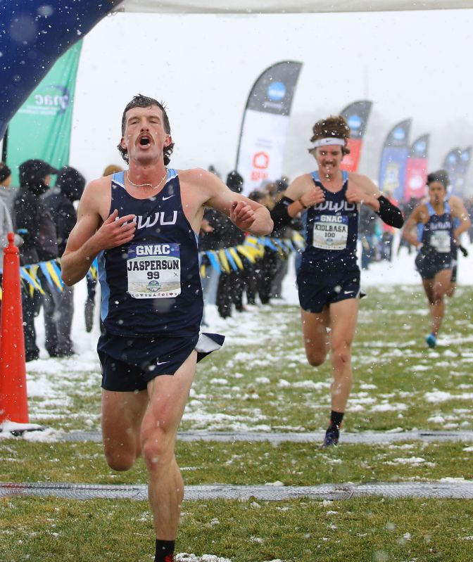 Senior James Jasperson paced the WWU men to the program's fifth team title.